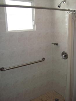 Baño de cada habitación.